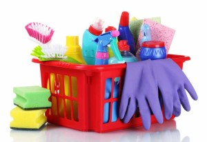 rengöringsprodukter samt fönsterputsning ingår